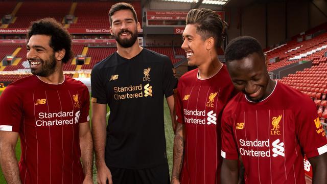 Liverpool telah memperlihatkan dan memamerkan Jersey terbaru dari klub mereka yang akan digunakan pada musim 2019 - 2020