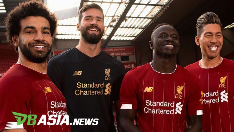 Jersey Anyar Liverpool Dimusim Depan