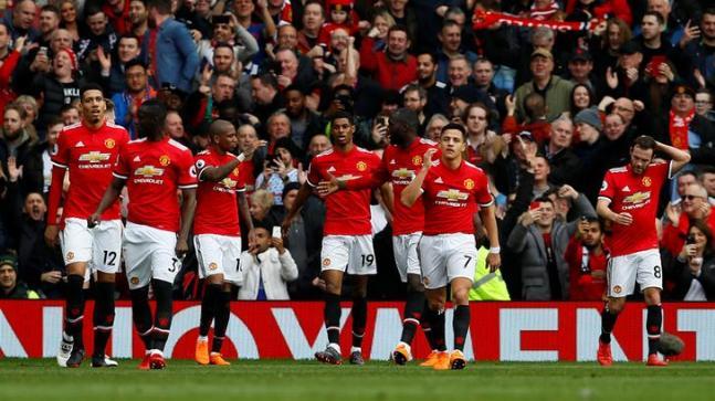 Sang pemegang juara Premier League, Manchester United beberapa tahun belakangan ini memiliki perform yang tidak stabil